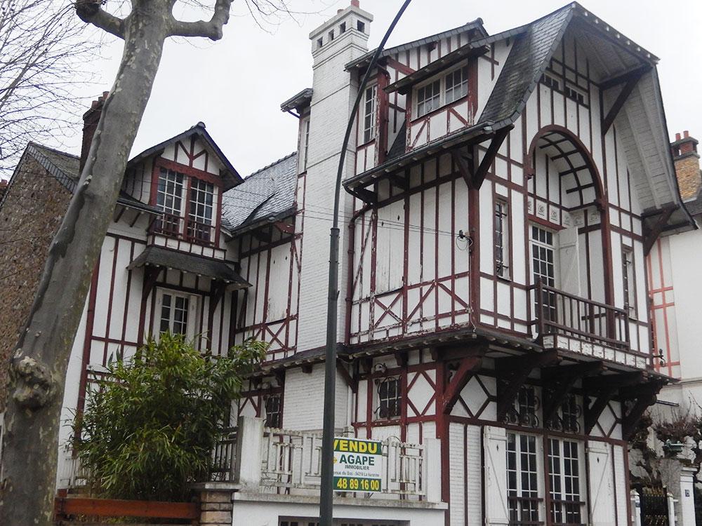 Rénovation d'une maison de villégiature Anglo-Normande 1920 à La Varenne-Saint-Hilaire avant
